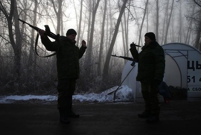 Thêm chiến đấu cơ Su-25 Ukraine bị ly khai miền Đông bắn hạ?
