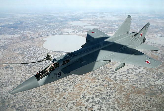 Tiêm kích đánh chặn MiG-31 của không quân Nga. Ảnh: Bộ Quốc phòng Nga