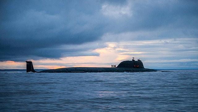 Siêu tàu ngầm Nga thị uy sức mạnh với lửa hành trình Kalibr