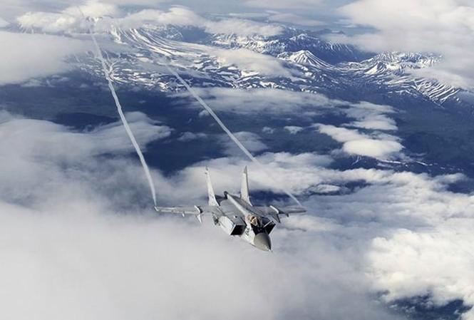 'Bảo vật' MiG-31BM án ngữ bầu trời phương Bắc