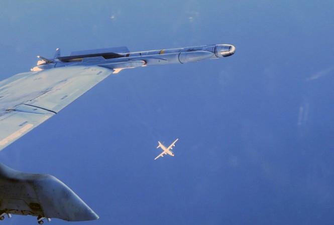 Nga cáo buộc máy bay NATO xuất hiện ngày càng dày đặc gần biên giới