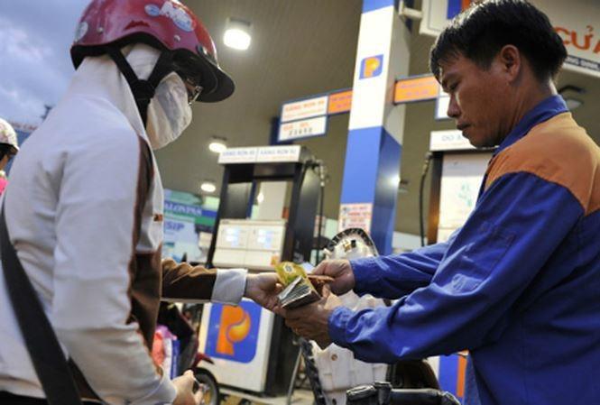 Tăng giá xăng, dầu từ chiều nay