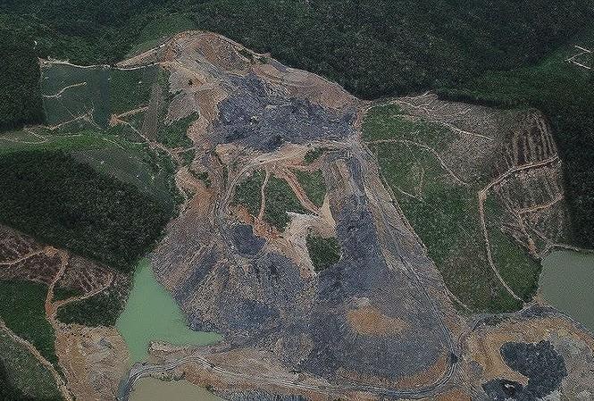 Phó thủ tướng yêu cầu làm rõ tình trạng khai thác than 'đội lốt' dự án