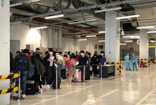 Vân Đồn đón thêm gần 100 người Việt về từ Nhật Bản