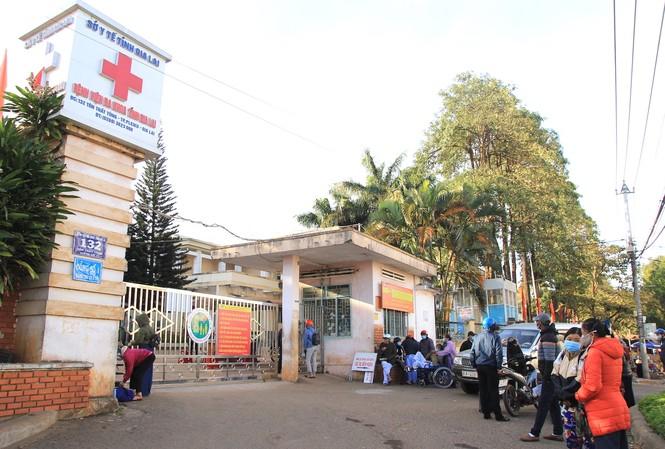 Phát hiện một ca dương tính SARS-CoV-2, Gia Lai phong toả bệnh viện tỉnh - Ảnh 1.