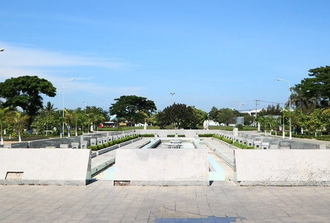 Công viên biển tiền tỉ ở Ninh Thuận hư hỏng ra sao?