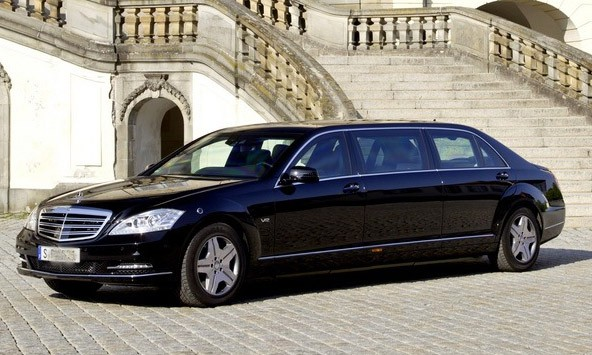 Pullman Guard S600 là dòng xe siêu sang của Mercedes-Benz chuyên phục vụ chính khách và trên thị trường có giá khoảng 1,4 triệu USD. Ảnh minh họa