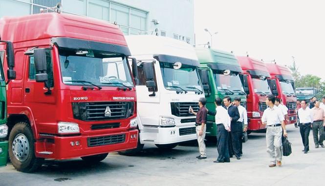 Xe tải trọng lớn Trung Quốc nhập vào Việt Nam trong 6 tháng đầu năm cao bất thường. Ảnh: PV.