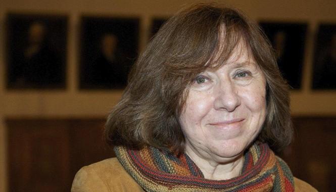 """Nhà văn Svetlana Alexievich: """"Tôi chỉ làm một thứ: Mua tự do cho chính mình"""". Ảnh: Vasily Fedosenko."""