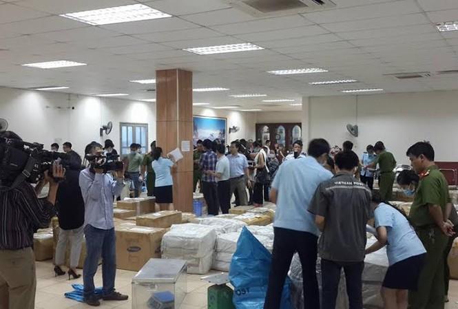 """Lô hàng 2,5 tấn lá """"Khat"""" gửi từ Ethiopia về Việt Nam mới bị Cục Hải quan Hà Nội phát hiện, bắt giữ"""