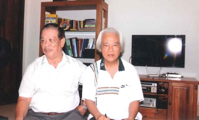 Luật sư Triệu Quốc Mạnh (trái) và tác giả.
