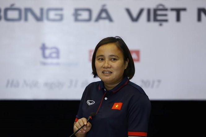 HLV phó đội tuyển nữ Việt Nam Nguyễn Thúy Nga