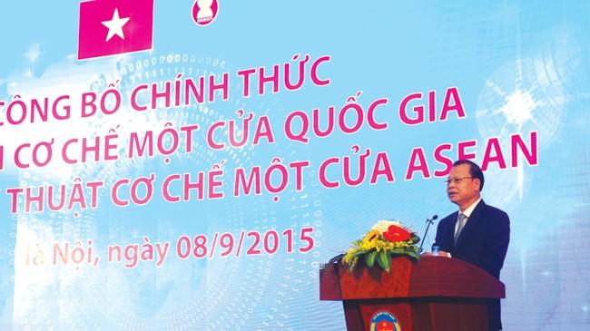 Phó Thủ tướng Vũ Văn Ninh - Trưởng Ban chỉ đạo quốc gia NSW và ASW phát biểu tại buổi lễ công bố chính thức thực hiện Cơ chế một cửa quốc gia (NSW) và kết nối kỹ thuật Cơ chế một cửa Asean (ASW)