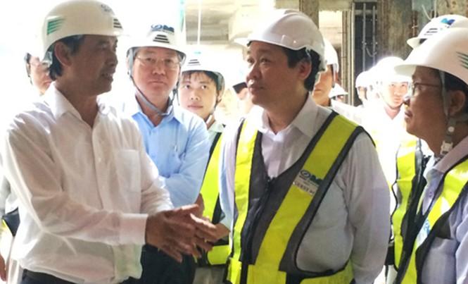 Phó Thủ tướng Vương Đình Huệ thị sát dự án tuyến metro số 1 TPHCM.