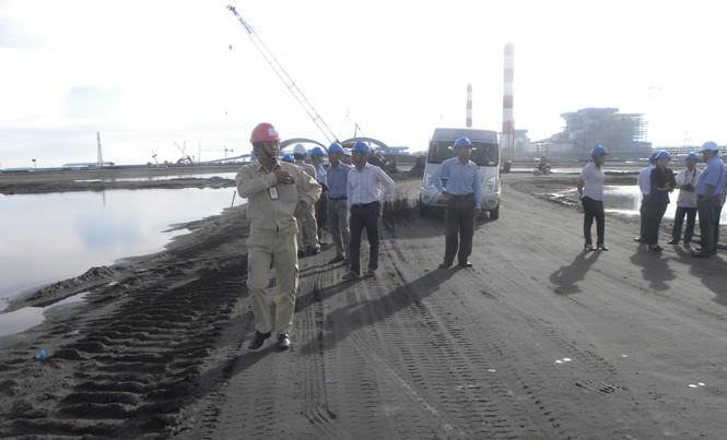 Nhiệt điện Duyên Hải 1 mở cửa mời người dân cùng giám sát hoạt động