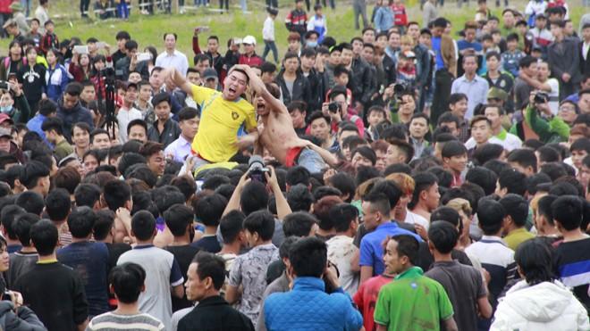 Bộ VHTTDL đề nghị địa phương tìm ra phương án tổ chức Hội phết Hiền Quan tốt hơn vào các mùa sau. Ảnh: Toan Toan