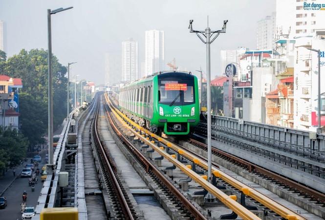 Dự án đường sắt Cát Linh - Hà Đông chậm tiến độ được tính vào GDP. Ảnh: Hồng Vĩnh