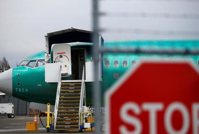 Một chiếc Boeing 737 MAX đậu trong khu sản xuất của Boeing ở Renton, Washington, ngày 16/12 Ảnh: Reuters
