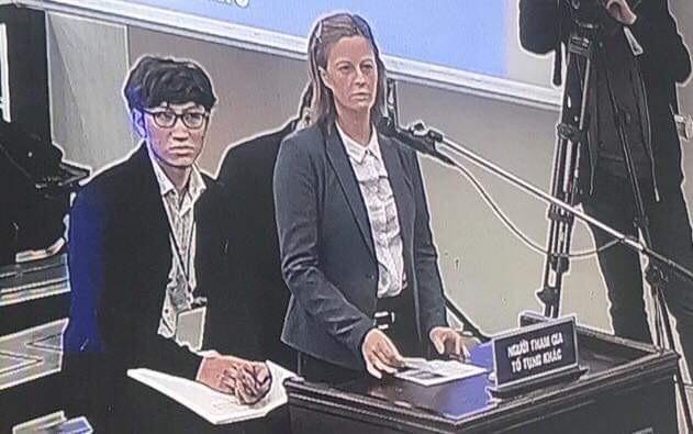 Vợ bị cáo Phạm Nhật Vũ, bà Kolmakova nói trước tòa