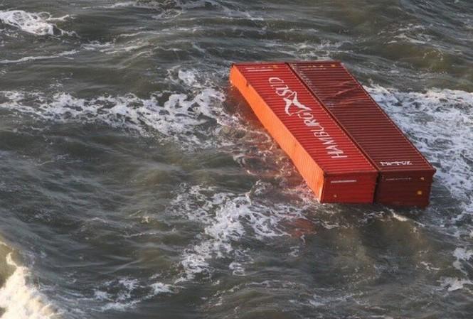 Các container trôi nổi ngoài khơi Biển Bắc, ở cả vùng biển Đức và Hà Lan
