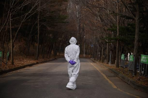 Tốc độ lây lan COVID-19 'nhanh chưa từng có' gây lo ngại ở Hàn Quốc