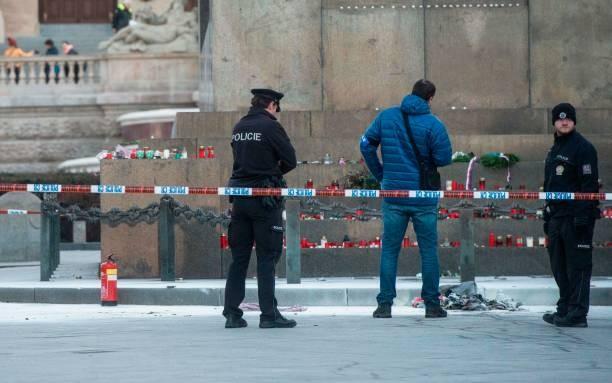 Czech: Thiếu niên thoát chết thần kỳ sau khi rơi từ tầng 19
