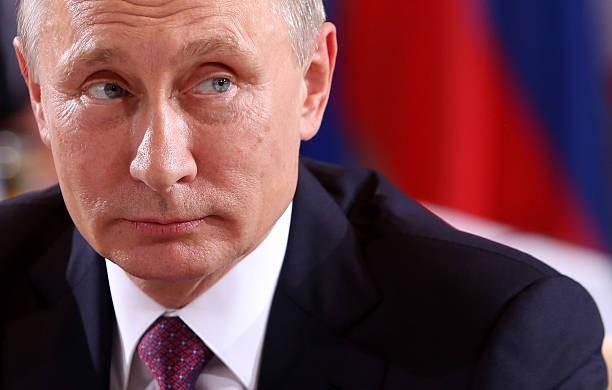 Tổng thống Nga Vladimir Putin: vắc-xin COVID-19 của Nga tốt nhất thế giới