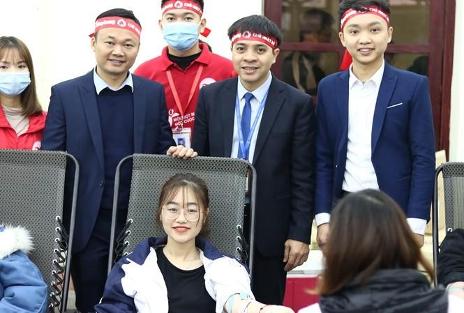 Sinh viên Đại học Y dược Thái Nguyên: Giọt máu cho đi là giọt máu còn mãi