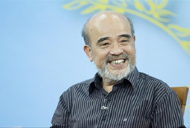 GS. Đặng Hùng Võ cho rằng, nên trả lại sổ đã thu hồi của người dân. Ảnh: LD