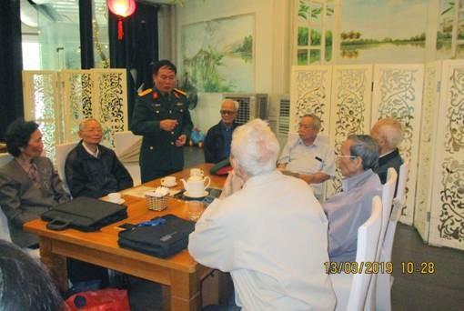 Đại tá Phạm Văn Cương họp mặt ngày truyền thống của Cựu chiến binh chiến sĩ Điện Biên đại đội 806 -  Ảnh: Thạch Lợi