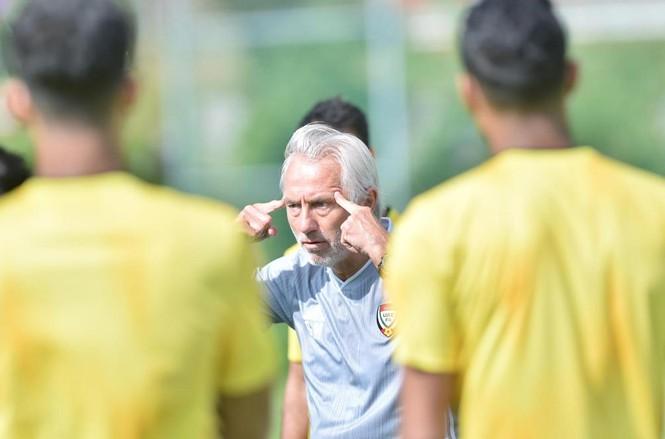 HLV Bertvan Marwijk bị chỉ trích dữ dội sau trận thua Thái Lan