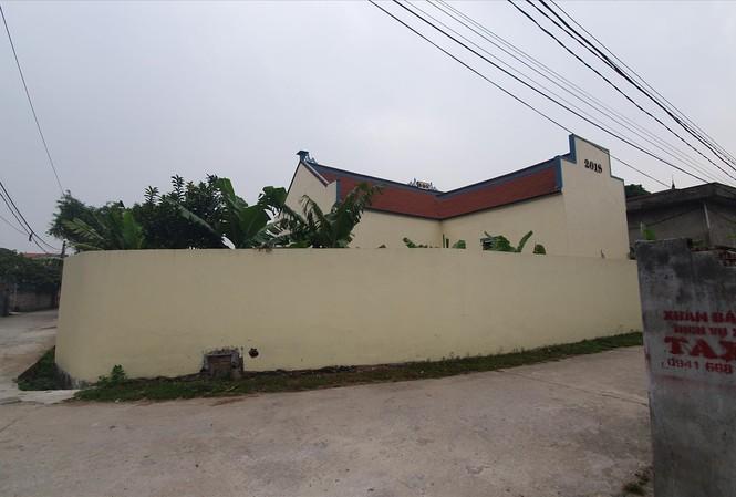 Khu đất cũ của gia đình chị Thuận đã được xây thành chùa cho thôn Văn Than. Ảnh: Long Vân