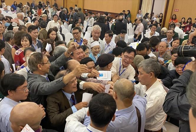 Hội Nhà văn Việt Nam nhiệm kỳ X (2020-2025) bầu ra Ban Chấp hành mới gồm 11 thành viên. Ảnh: Kỳ Sơn