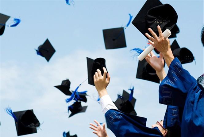 Trong bối cảnh hiện tại, Việt Nam có nên thả nổi đầu vào sau đại học?