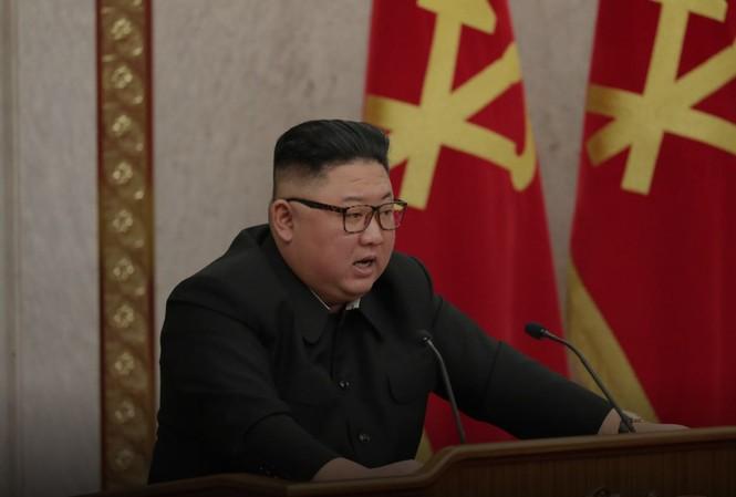 Nhà lãnh đạo Kim Jong Un tham dự phiên họp toàn thể của đảng Lao động Triều Tiên ở Bình Nhưỡng. Ảnh: KCNA/Reuters