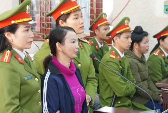 Bị cáo Trần Thị Hiền bị xác định đã mua bán ma túy với nhóm giết con gái mình
