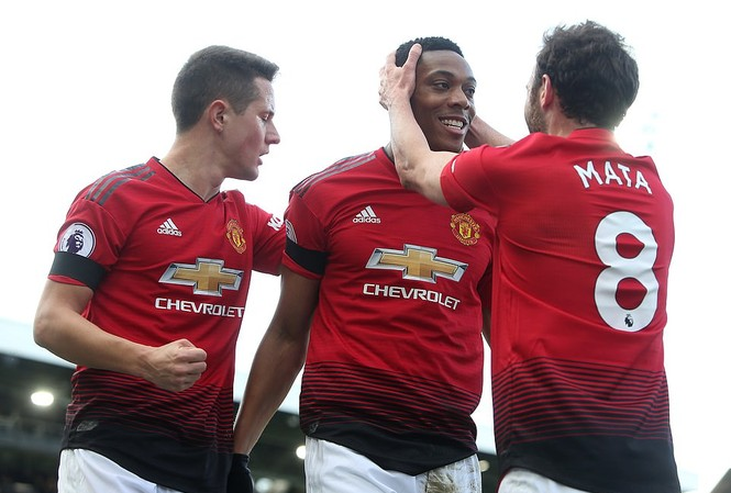 Martial tỏa sáng rực rỡ giúp M.U thắng dễ Fulham