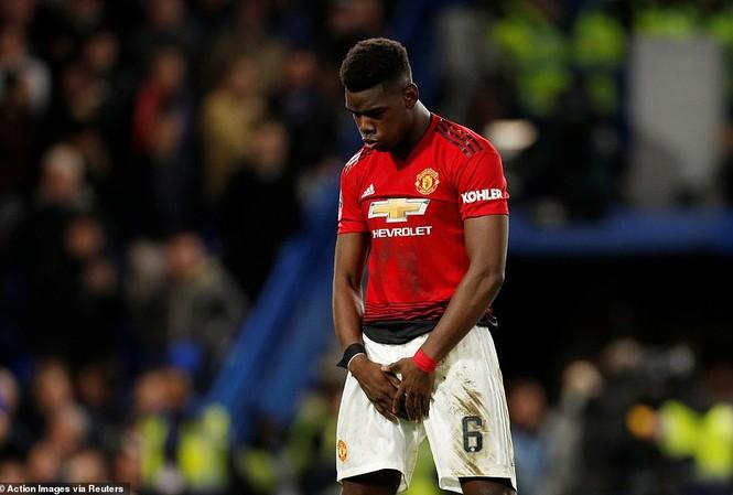 Paul Pogba tỏa sáng rực rỡ trước Chelsea