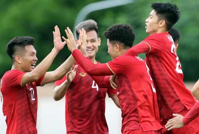 Tuyển Việt Nam thắng tuyệt đối trước Lào ở SEA Games