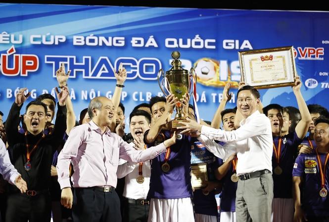 Hà Nội FC nhận  Siêu Cup 2019