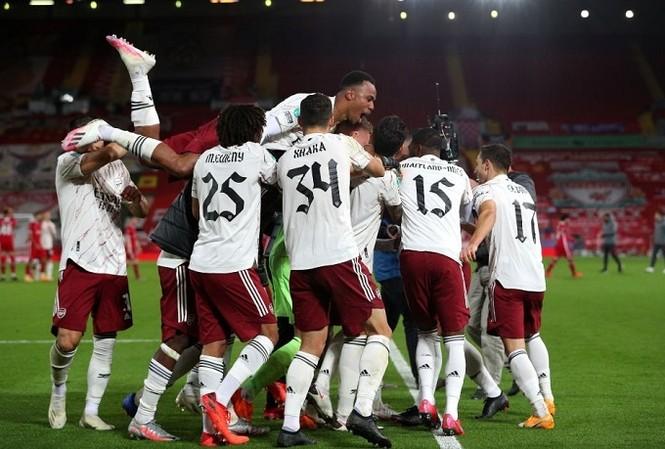 Arsenal đã đoạt vé vào tứ kết cúp Liên đoàn Anh