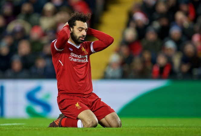 Salah 'không hạnh phúc', Liverpool nổi sóng ngầm?