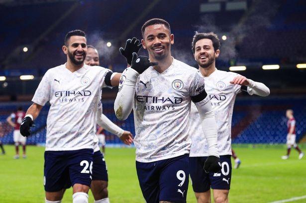 Jesus là người mở ra chiến thắng cho Man City trước Burnley