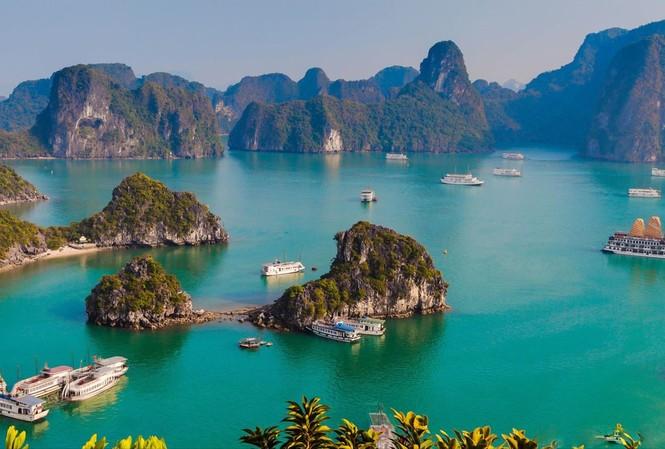 Quảng Ninh miễn phí vé tham quan vịnh Hạ Long, Yên Tử cùng nhiều địa điểm khác từ nay đến cuối năm để kích cầu du lịch
