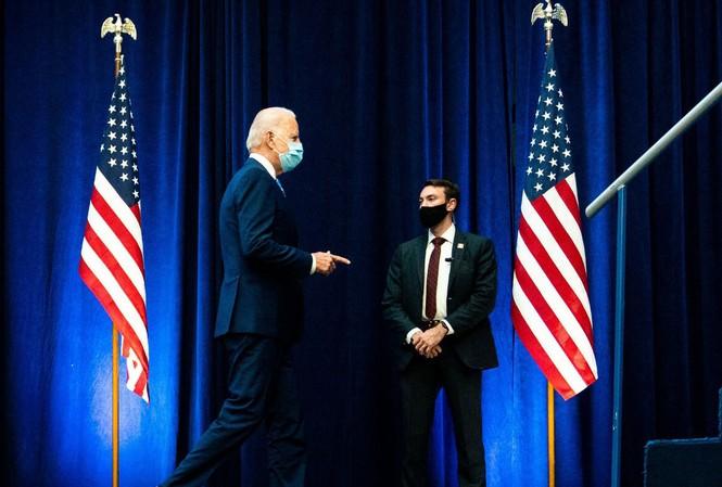 Ông Joe Biden đang rộng đường vào Nhà Trắng           Ảnh: NYT