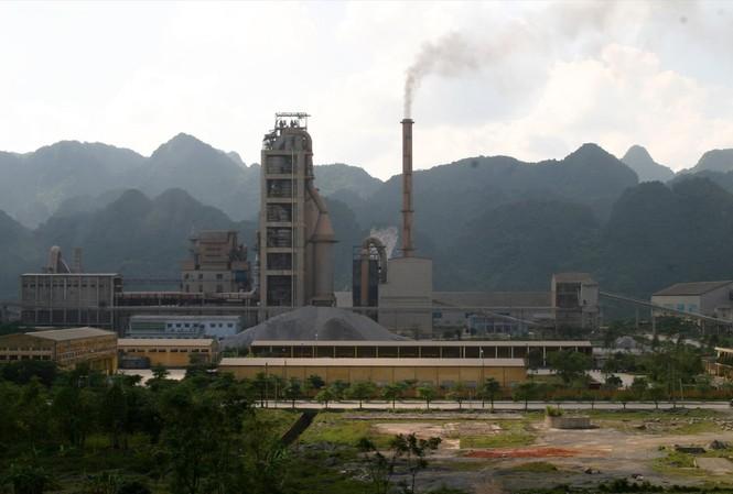 Thủ tướng Chính phủ chỉ đạo, trong 6 tháng đầu năm 2021, các địa phương phải rà soát các nguồn phát thải bụi. Ảnh: Như Ý
