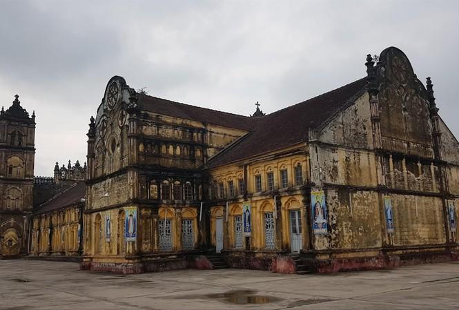 Toàn cảnh Nhà thờ Bùi Chu trước ngày hạ giải