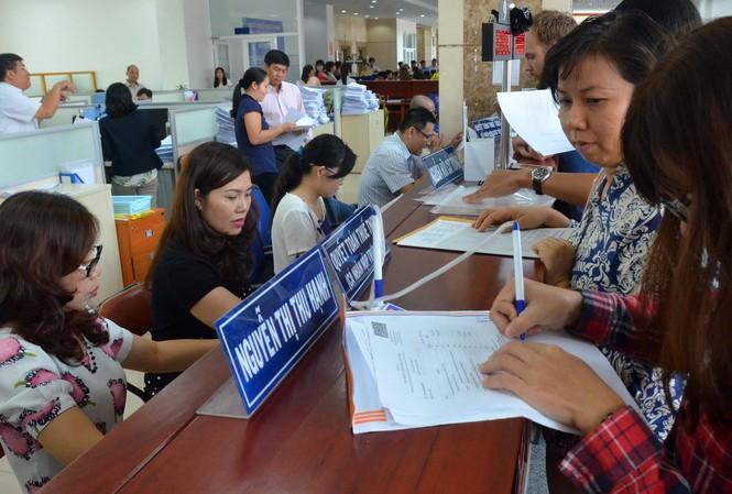 Lương cơ sở tăng lên 1,6 triệu đồng nhằm cải thiện đời sống cho cán bộ hành chính công