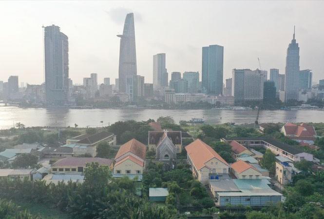 Khu đô thị mới Thủ Thiêm hướng về trung tâm quận 1, TPHCM. Ảnh: PV