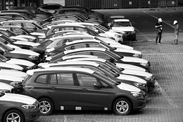 10 tháng đầu năm, Cục Hải quan TPHCM giảm thu 3.600 tỷ đồng từ mặt hàng  ô tô nhập khẩu theo Nghị định 116. Ảnh: Tuấn Nguyễn